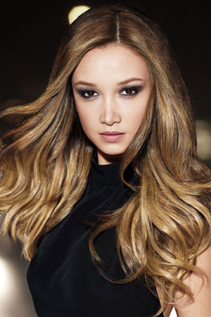 highlihgt,s lowlights, balayage., the best hairdressers for hair colour and blondes, blonde envy hair salon in milton keynes and towcester