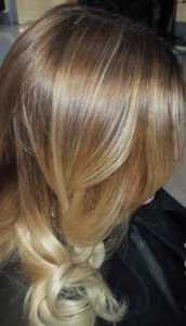 zigzag-hair-salons-the-best-for-balayage