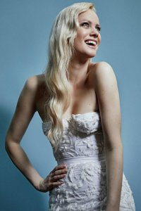 WAVY HAIRSTYLES FOR BRIDES, blonde army hair salons in milton keynes area