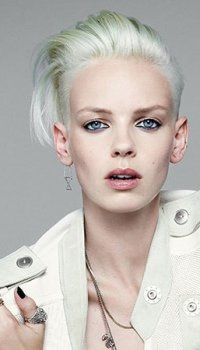 short-slick-straight-hair-with-shaved-sides-GOLDWELL