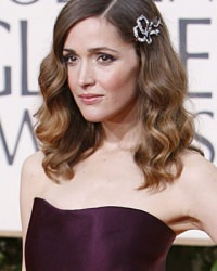 rose-byrne-hair-accessory