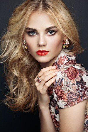 Romantic Hairstyles for Valentine's Day ZIGZAG Hair Salons