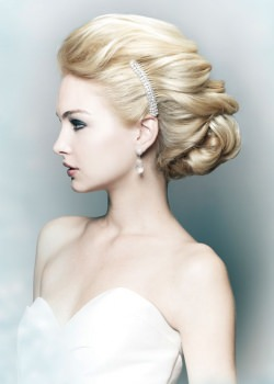 classic bridal upstyle